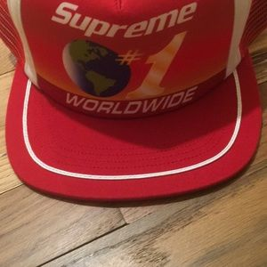 Supreme SnapBack hat new with tags